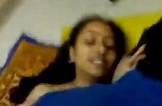 SHY INDIAN GIRL HAVE A QUICK SEX