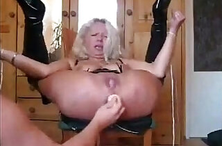 Blonde amateur MILF Sub Gets Ass Fucked, Pussy Fucked, Squirts and also Pissed