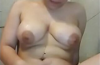 ramping - Asian Aunty Bathing NIce Body Pulphy