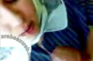 arabian hijab woman Alie eager deepthroat blowjob