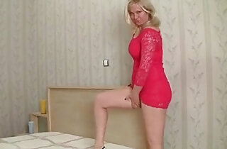 Blonde mom shares first video